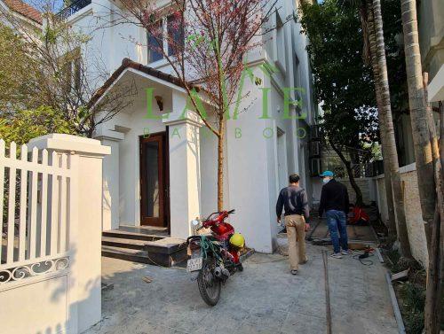 lavie-bamboo-thi-cong-san-tre-ngoai-troi-biet-thu-hoa-phuong-7-55a-vinhomes-riverside-1